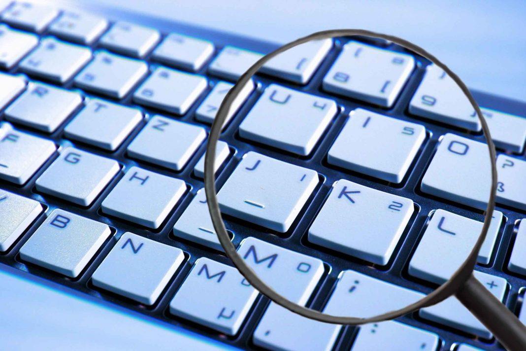 Supprimez les publiciels (adware) et les logiciels espions (spyware) grâce aux produits phares de Licenceking