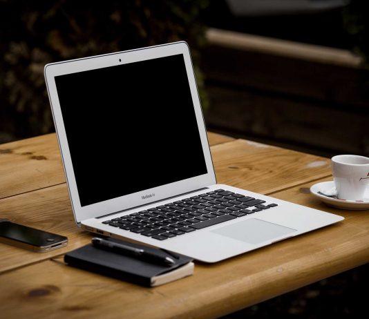 Nettoyer l'ordinateur portable : Offrez à votre portable un grand ménage de printemps !